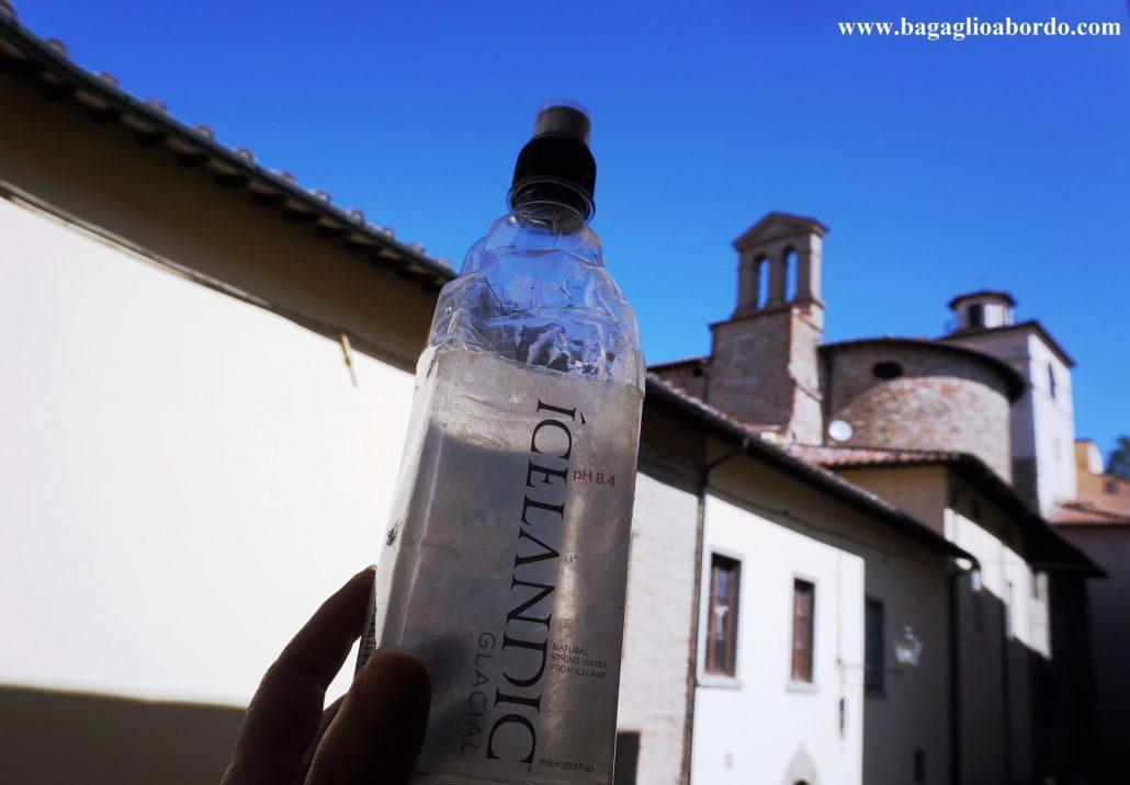 una bottiglia amica di viaggio