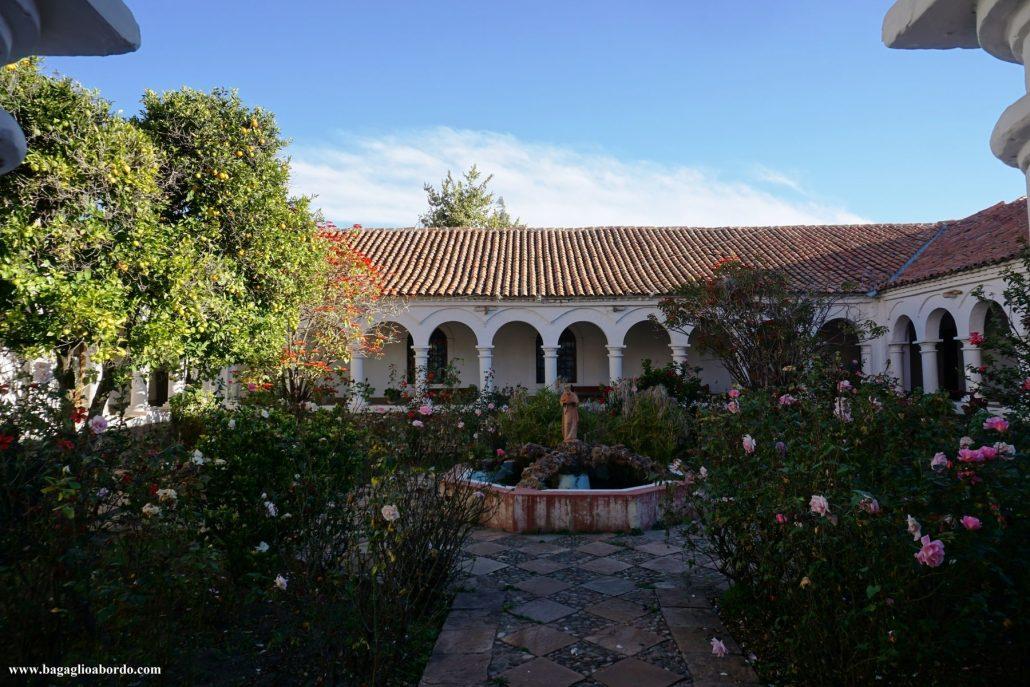 l'albero millenario nel monastero de La Recoleta